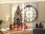 Karácsonyfa és nagy óra